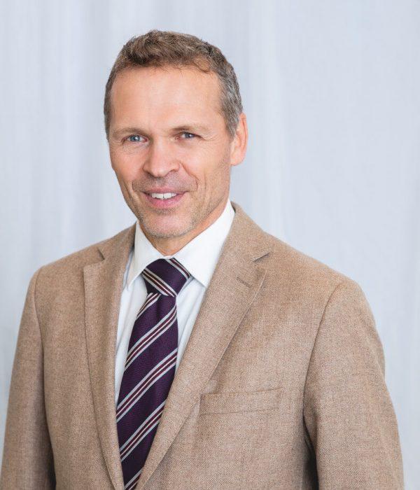 Dr.-Schief_2.jpg